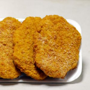 Crumb chicken steaks